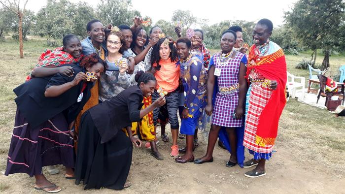 Artesanas de MAUA en Kenia