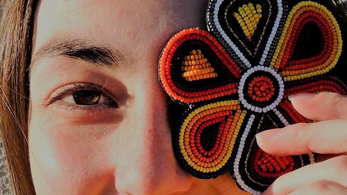 En noviembre, échate flores con MAUA para combatir la violencia de género